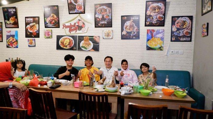 Kangen Kuliner Khas Bangka di Jakarta, Yuk Mampir ke Resto Pondok Ifong Rasakan Kelezatannya - ifong4.jpg