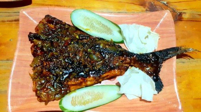 Yuk Mampir, Nikmatnya Menyantap Ikan Bakar Tabok dan Iga Bakar di Warung Mang Bewok - ikan-tabok.jpg