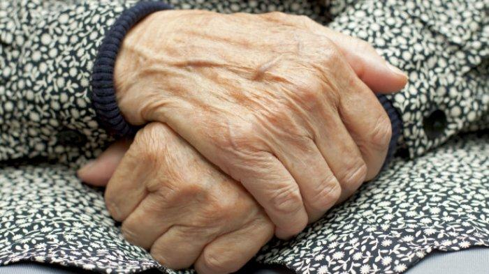 Ngaku Hamil ke Pacar Nenek 55 Tahun Malah Ketakutan Saat Tiba Waktunya Lahiran, Ini Penyebabnya