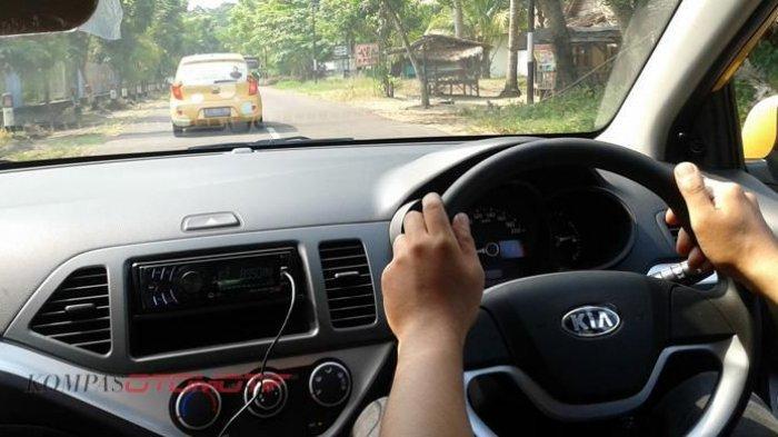 Mengemudi Jarak Jauh, Mobil Transmisi Matik Dinilai Lebih Nyaman