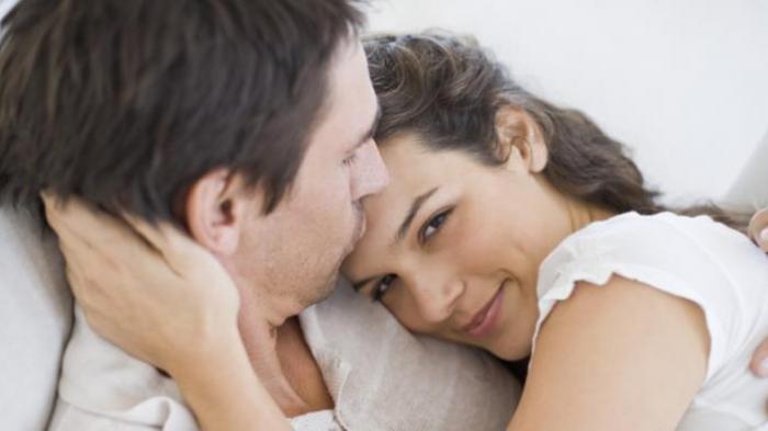 3 Hal ini yang Dipikirkan Para Suami dan Menjadi Rahasia di Malam Pertama