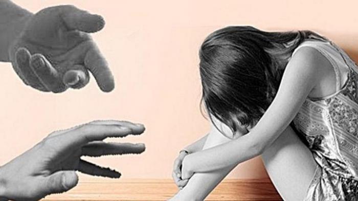 Foto Syurnya Dikuasai Pria Tak Dikenal, Wanita Muda Berinisial ISD Pasrah Dipaksa Berhubungan Intim