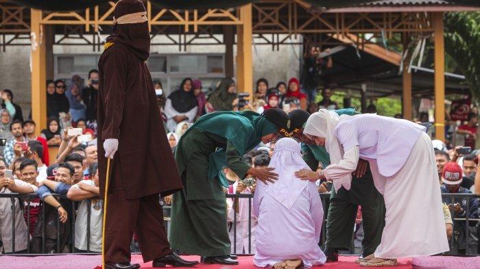Seorang Perempuan dari Sumatera Utara Dicambuk 100 Kali di Takengon, Terbukti Secara Sah Lakukan ini