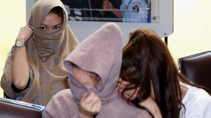 Cerita Blak-blakan Mahasiswi 'Ayam Kampus' Tarif Sekali Berzina & Alasan Jual Diri Buat Diajak Tidur