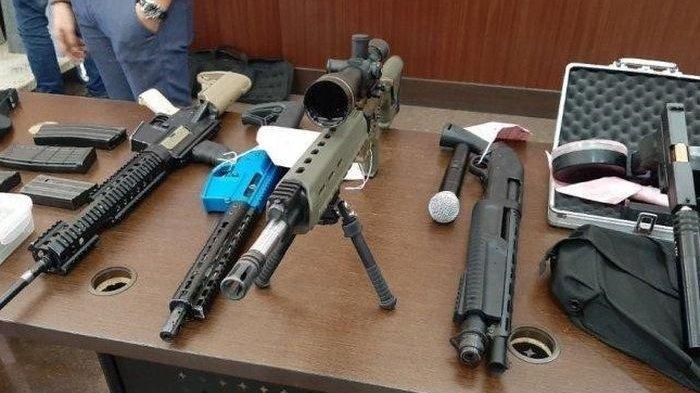 TNI Amankan 13 Pucuk Senjata Api dan 13 Bom Rakitan Sisa Konflik Horizontal di Maluku