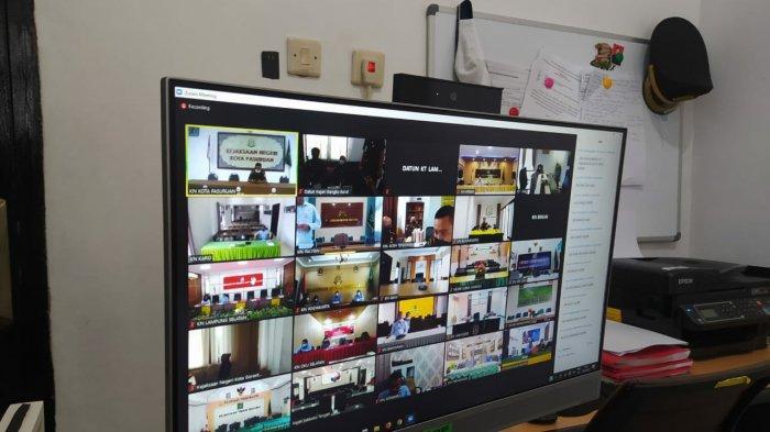 Virtual In House Training dengan Tema