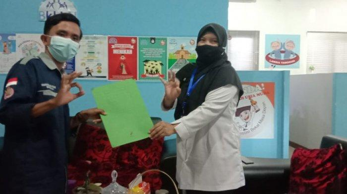 PIK-R Mutiara IAIN SAS Bangka Belitung Serahkan SK ke BKKBN Bangka Belitung