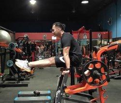 Jangan Khawatir Jika Tempat Gym Tutup Sementara, Ini Cara Melatih Otot dengan Olahraga di Rumah