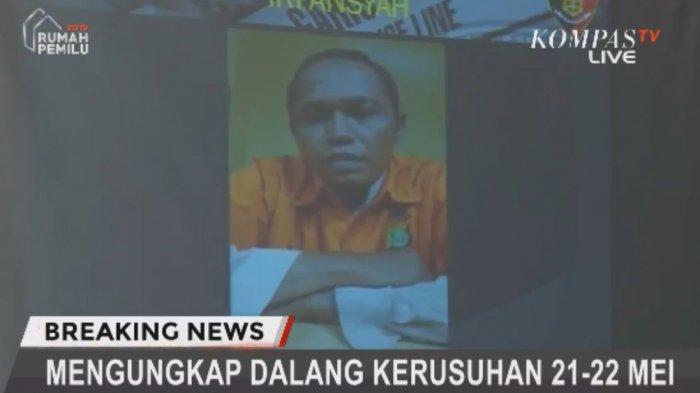 Video Tersangka Mengaku Diperintah Kivlan Zen Bunuh Wiranto Cs