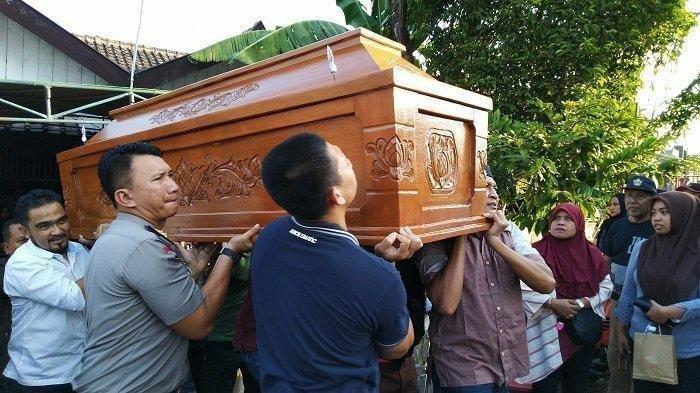Istri Sopir Pribadi Jokowi dan Gibran Tewas Terlindas Truk