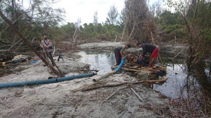 Polsek Merawang kembali menemukan adanya aktivitas TI ilegal  di Hutan Lindung Kawasan Jalan Lintas Timur Desa Air anyir Kecamatan Merawang Kabupaten Bangka, Selasa (26/01/21).