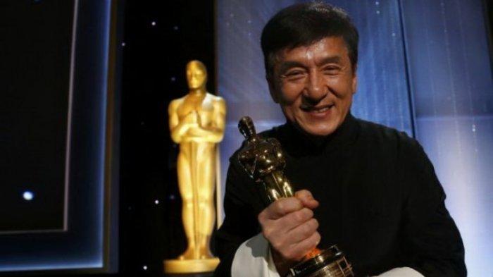 Tawarkan Hadiah Rp 1,9 Miliar untuk Penemu Obat Virus Corona, Kini Jackie Chan Dirumorkan Terinfeksi