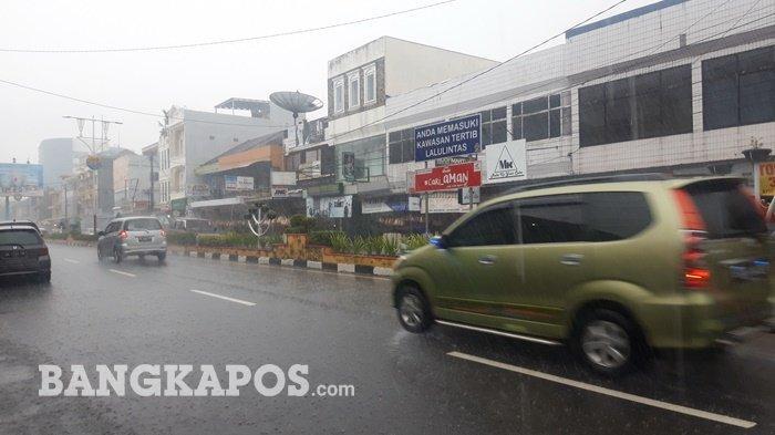 Waspada! Cuaca di Bangka Belitung Dua Hari Kedepan akan Turun Hujan,Disertai Petir dan Angin Kencang