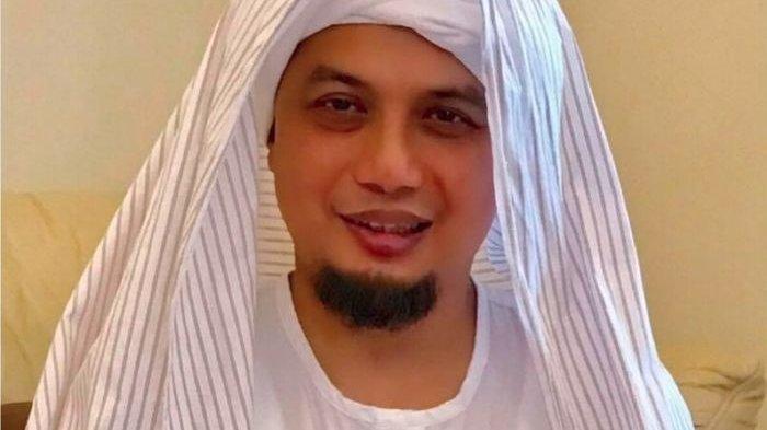 Viral Lagi Kabar Ustadz Arifin Ilham Meninggal Dunia Via WhatsApp, Alvin Faiz Tegaskan Begini