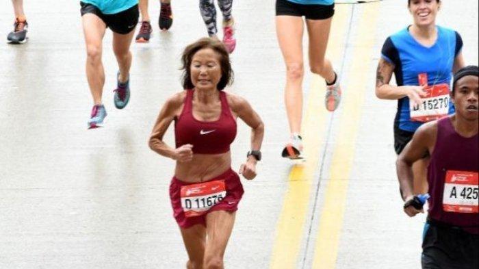 Nenek 70 Tahun Pecahkan Rekor Dunia Sebagai Pelari Maraton Tercepat