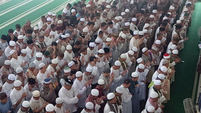 Bacaan Niat Sholat Ghaib Jenazah 4 Kali Takbir, Lengkap Disertai Doa dan Tata Caranya