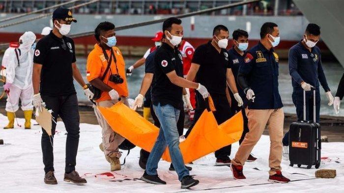 PRAMUGARI Sriwijaya Air SJ 182 yang Jatuh Bernama Grislend Muncul di Mimpi Ayah Tapi Tak Bicara