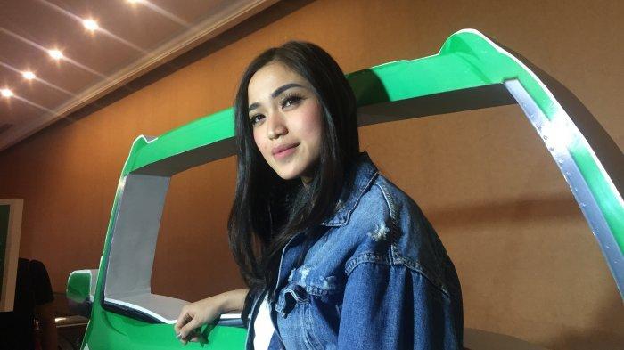 Tampil Pakai Gaun Seperti Ini, Netizen Heran Tubuh Jessica Iskandar Jadi Begini