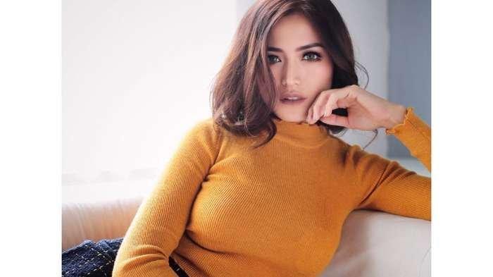 Jessica Iskandar Salah Tingkah Saat Dibilang Cocok dengan Richard Kyle