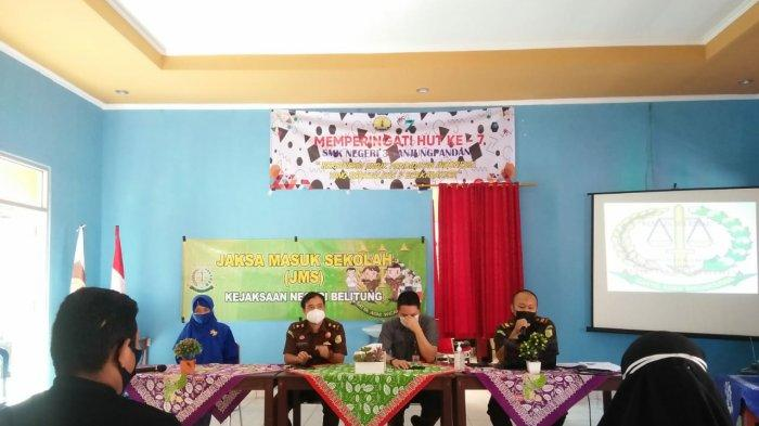 Kejari Belitung Edukasi Pelajar SMKN 3 Tanjungpandan Dalam Program Jaksa Masuk Sekolah