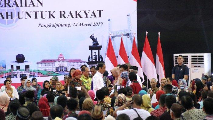 Lewat Pantun Presiden Jokowi Puji Masyarakat Babel Santun dan Berbudi
