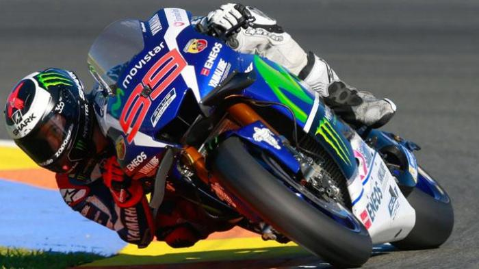 Rossi Posisi Tiga, Tak Mampu Kejar Lorenzo dan Marquez