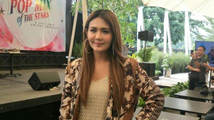 Juliana Moechtar Bantah Berpacaran dengan Ifan Seveenten: Aku Angkat Tangan dan Memohon Kepada Dia