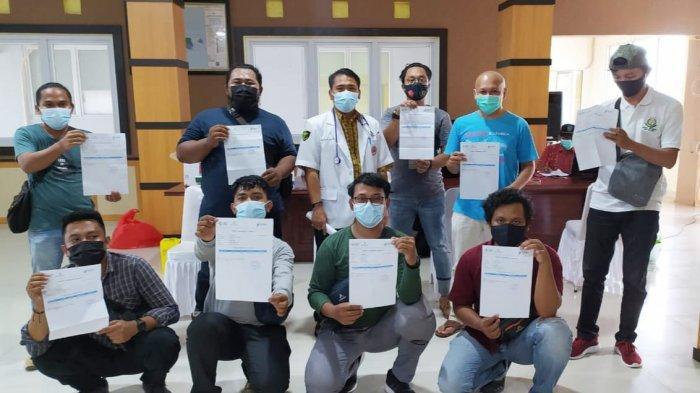 Cegah Covid-19, Puluhan Wartawan di Bangka Selatan Disuntik Vaksin