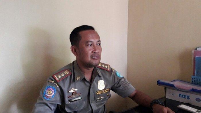 kabid-penegakan-perundang-undangan-satpol-pp-kabupaten-bangka-achmad-suherman_20180607_131903.jpg