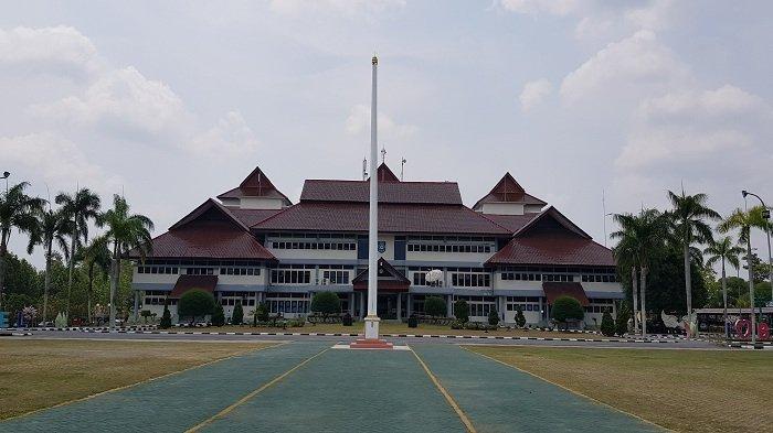Serba-serbi Kantor Gubernur Bangka Belitung - kantor-gubernur-kep-babel-pada-ju.jpg