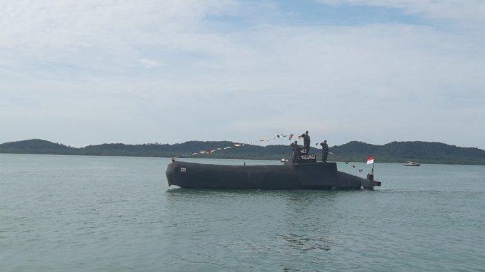 Kapal Selam Nanggala Diperkirakan di Palung 700 Meter, Indonesia Minta Bantuan Singapura