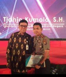 Kapolres Bangka Terima Penghargaan Menpan RB, Kategori Baik Dalam Pelayanan Publik