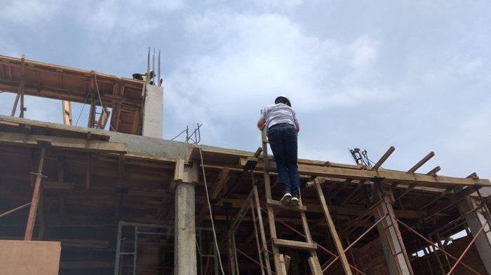 Kepala Dinas Kesehatan Kota Pangkalpinang dr. Masagus M Hakim (MH) meninjau langsung proyek pembangunan Puskesmas Girimaya, Sabtu (17/10/2020)