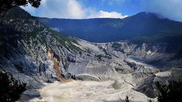 Banyak Wisatawan Terkecoh, Taman Wisata Alam Gunung Tangkuban Parahu Kembali Ditutup