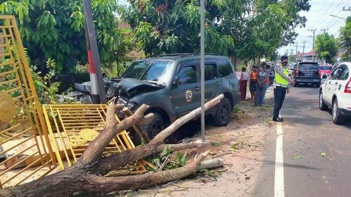 Abdul Gani Kecelakaan, Pajero Sport-nya Tabrak Pagar di Selindung, Ini Cara Antisipasi Kecelakaan