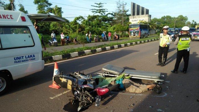 Diduga Mengantuk, Anggota Pol PP Provinsi Babel Tewas Tabrak Mobil Truk di Jalan Arung Dalam Koba