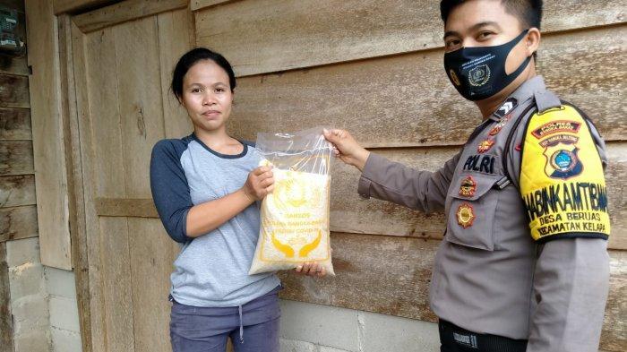 Baksos Polsek Kelapa Salurkan Bantuan Sembako ke Warga Terdampak Covid-19