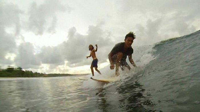 Viralkan Surfing di Bangka, Studywave Goes to Bali