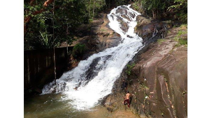 Bosan Wisata di Pantai? Intip Keindahan Alam Air Terjun Sadap di Kabupaten Bangka Tengah