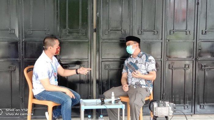 Suasana acara Kelakar Kite Bangka Pos Group saat di kediaman Calon Bupati terpilih Algafry Rahman yang dipandu oleh host Edy Yusmanto pada Jumat (11/12/2020)