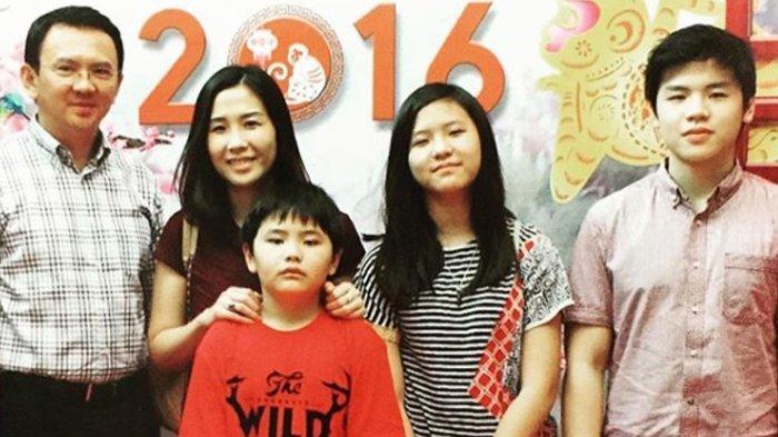 Imlek, Ahok tak Dijenguk, Foto Keluarga 2 Tahun Lalu Ini Mengharukan