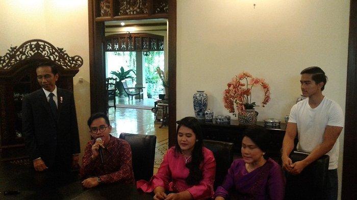 Foto Jadul Ungkap Gaya Fashion Keluarga Presiden Jokowi yang Tak Glamor, Sosok Gibran Tak Berubah