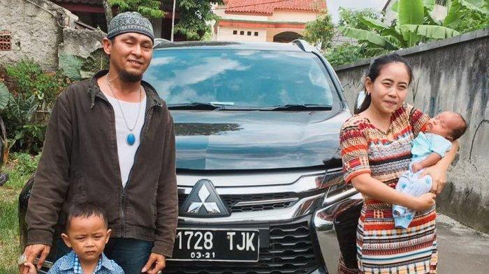 Anak Diberi Nama Pajero Sport, Pasangan Ini dapat Hadiah Tak Terduga dari Mitsubishi Motors