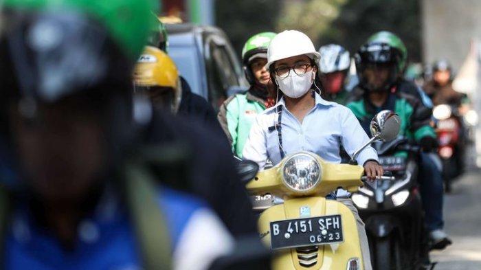 Polusi Udara atau Menghisap Rokok, Mana yang Paling Berbahaya bagi Kesehatan?