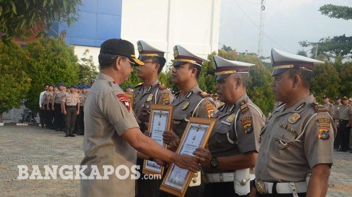 Kapolda Bangka Belitung Beri Penghargaan kepada Empat Satlantas Zero Acident