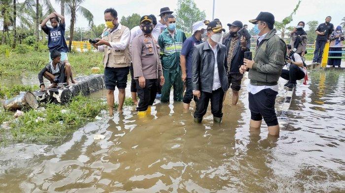 Tinjau Kawasan yang Terendam Banjir, Mulkan Beberkan Ini Penyebabnya