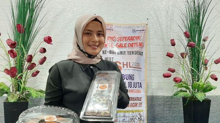 Tekuni Bisnis Sejak SMA, Devi Salurkan Hobinya Dengan Bisnis Cake & Cookies