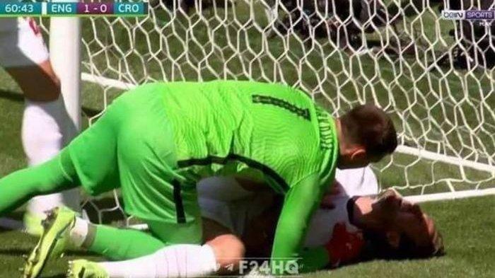 Trauma Christian Eriksen Kolaps di Euro 2020, Kiper Kroasia Tolong Harry Kane Kebentur Tiang Gawang