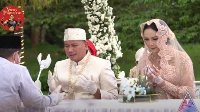 Vicky Prasetyo dan Kalina Oktarani melangsungkan akad nikah, Sabtu (13/3/2021) sore.