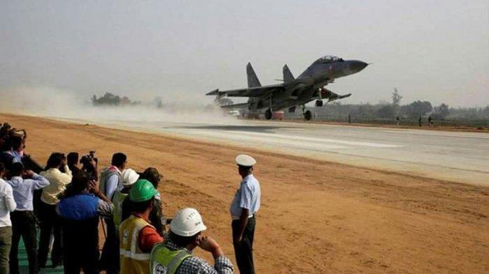 Ditengah Ketegangan India Vs China, India Bangun Landasan Jet di Jalan Tol Kashmir